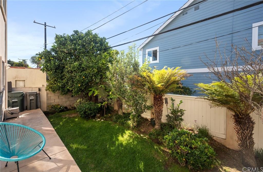 Active | 609 Elvira Avenue #B Redondo Beach, CA 90277 5