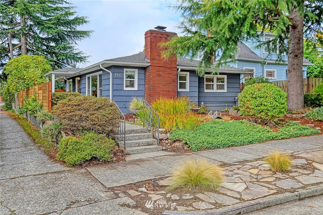 Pending | 7753 12th Avenue NW Seattle, WA 98117 0