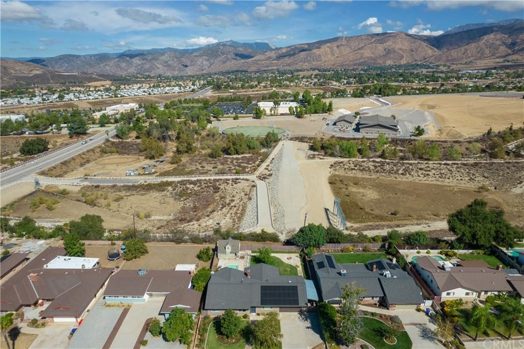 ActiveUnderContract | 35380 Panorama Drive Yucaipa, CA 92399 45