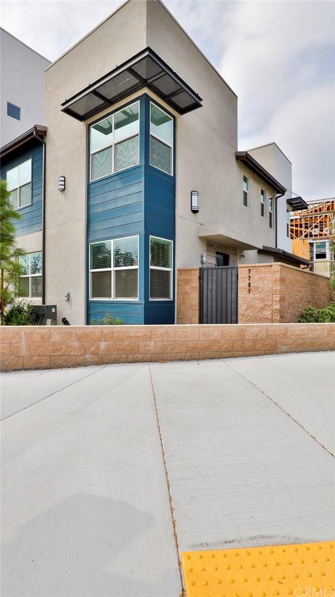 Pending | 7707 Paxton Place Rancho Cucamonga, CA 91730 3
