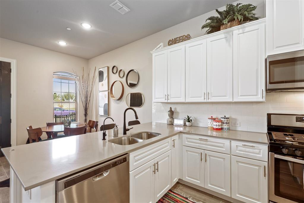 Active Option Contract   6246 Rilla Street Frisco, Texas 75035 10