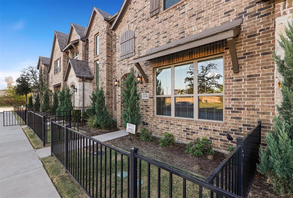 Active Option Contract   6246 Rilla Street Frisco, Texas 75035 37