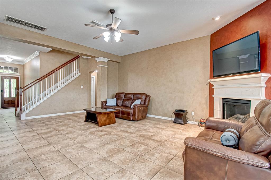 Active | 2506 Monarch Terrace Drive Katy, Texas 77494 13