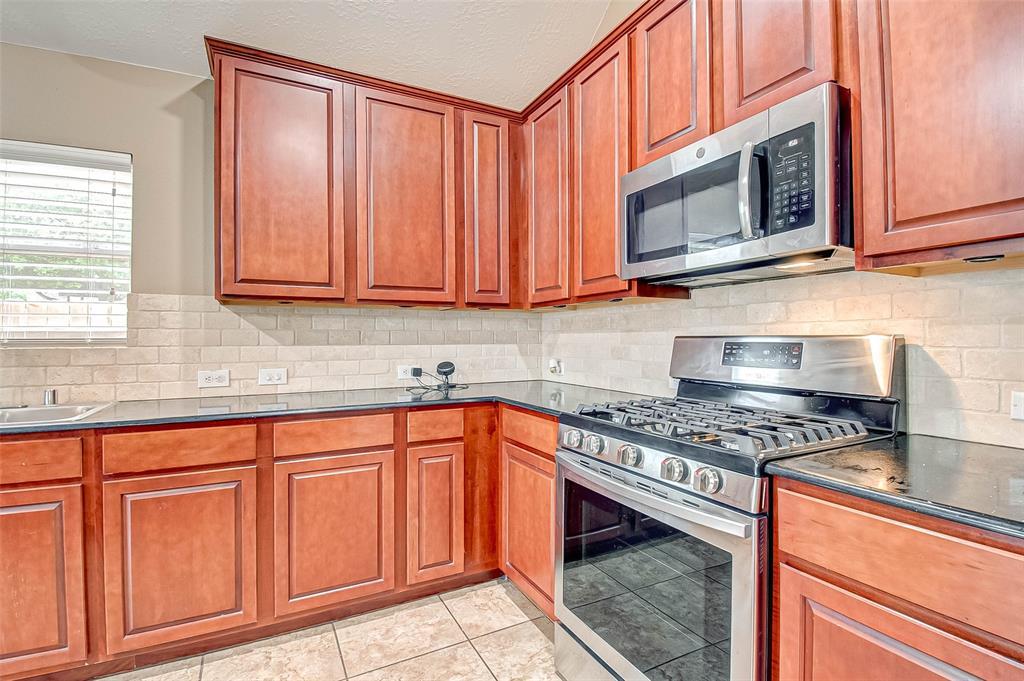 Active | 2506 Monarch Terrace Drive Katy, Texas 77494 21