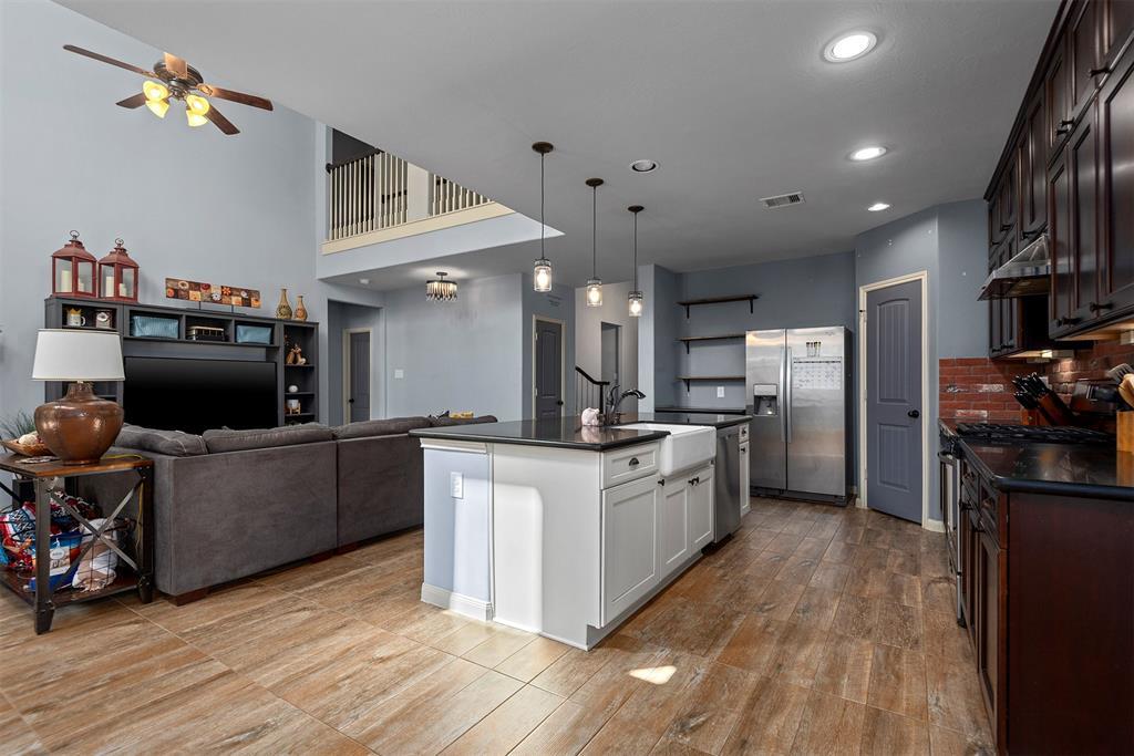 Option Pending   12011 Rockridge Falls Drive Tomball, Texas 77375 12