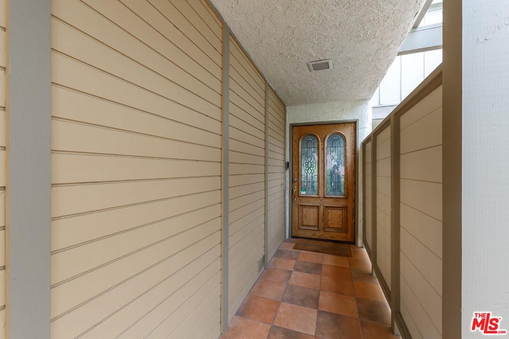 ActiveUnderContract | 88 Cresta Verde Drive Rolling Hills Estates, CA 90274 2