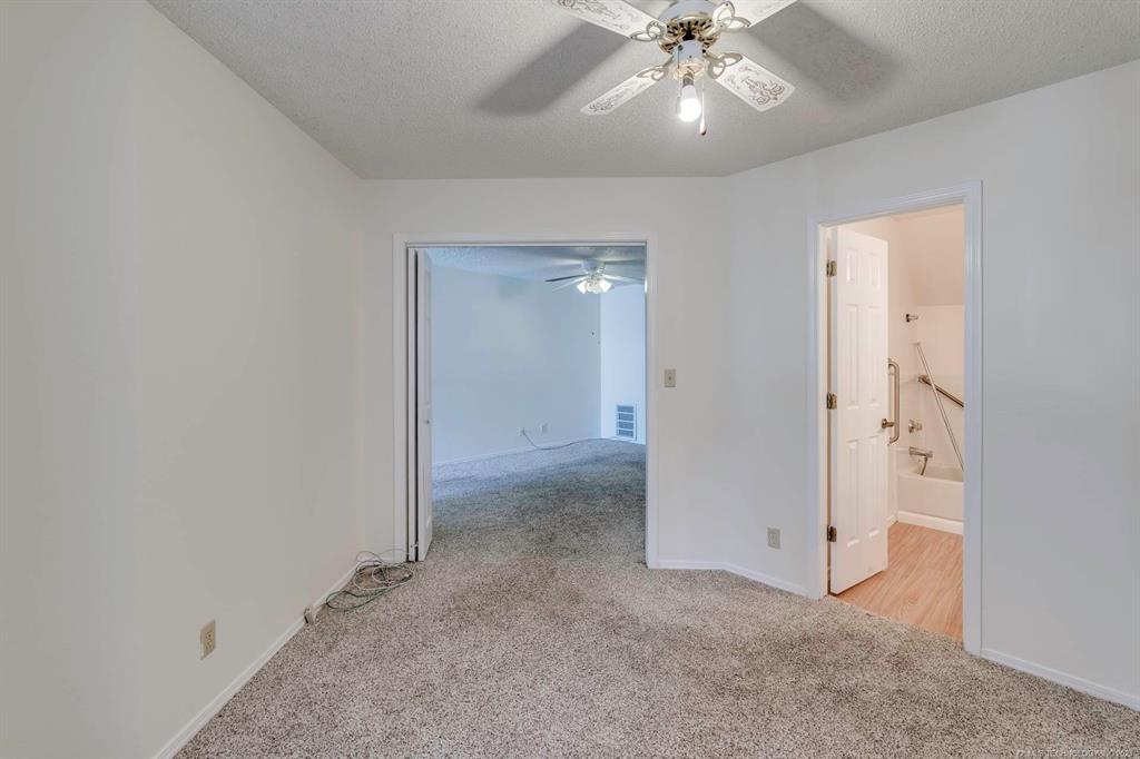 Active | 13513 E 30th Place #C Tulsa, Oklahoma 74134 14