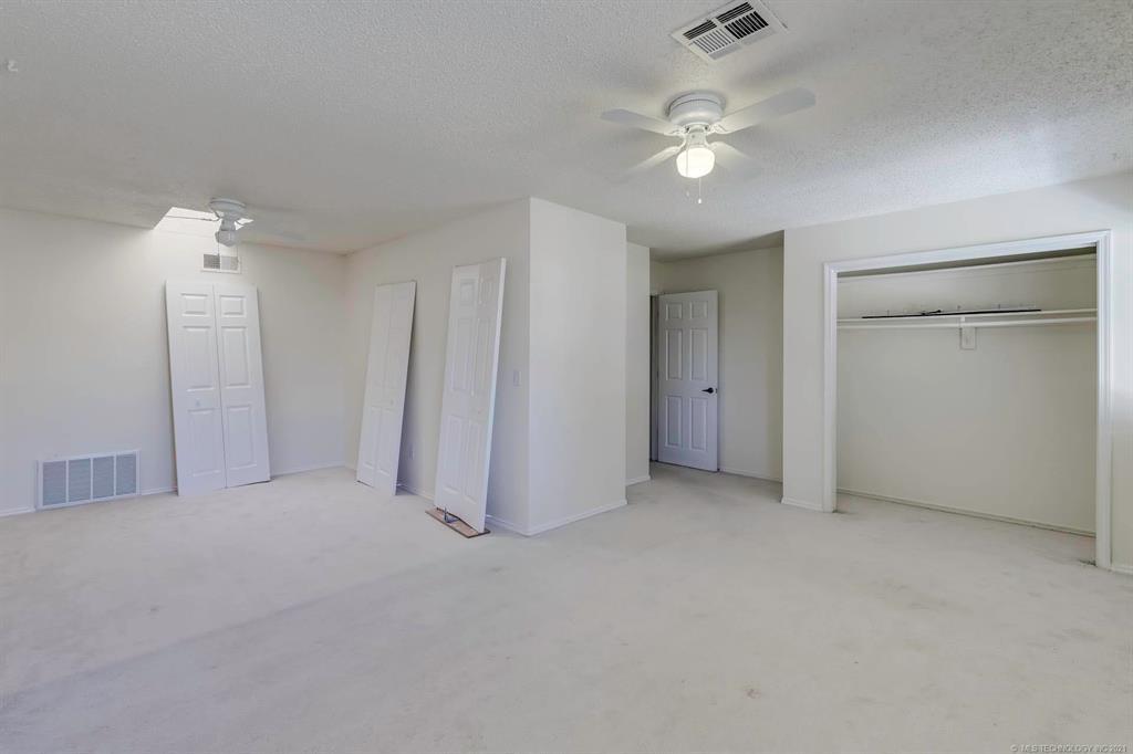 Active | 13513 E 30th Place #C Tulsa, Oklahoma 74134 20
