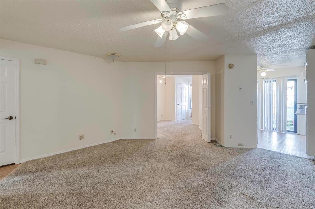 Active | 13513 E 30th Place #C Tulsa, Oklahoma 74134 24