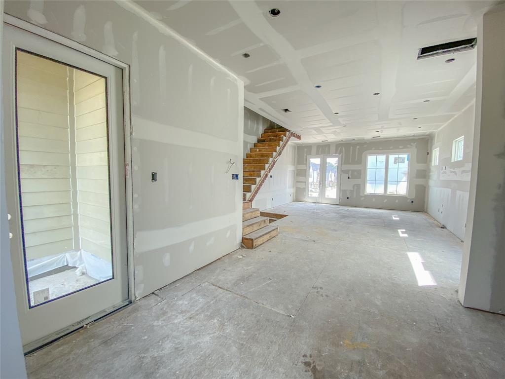 Active   1845 Flowing Springs Trail Spring Branch, Texas 77080 16