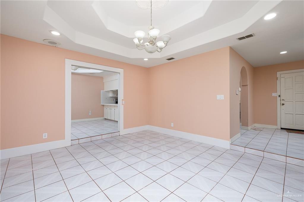 Option | 2609 Highland Court McAllen, TX 78501 6