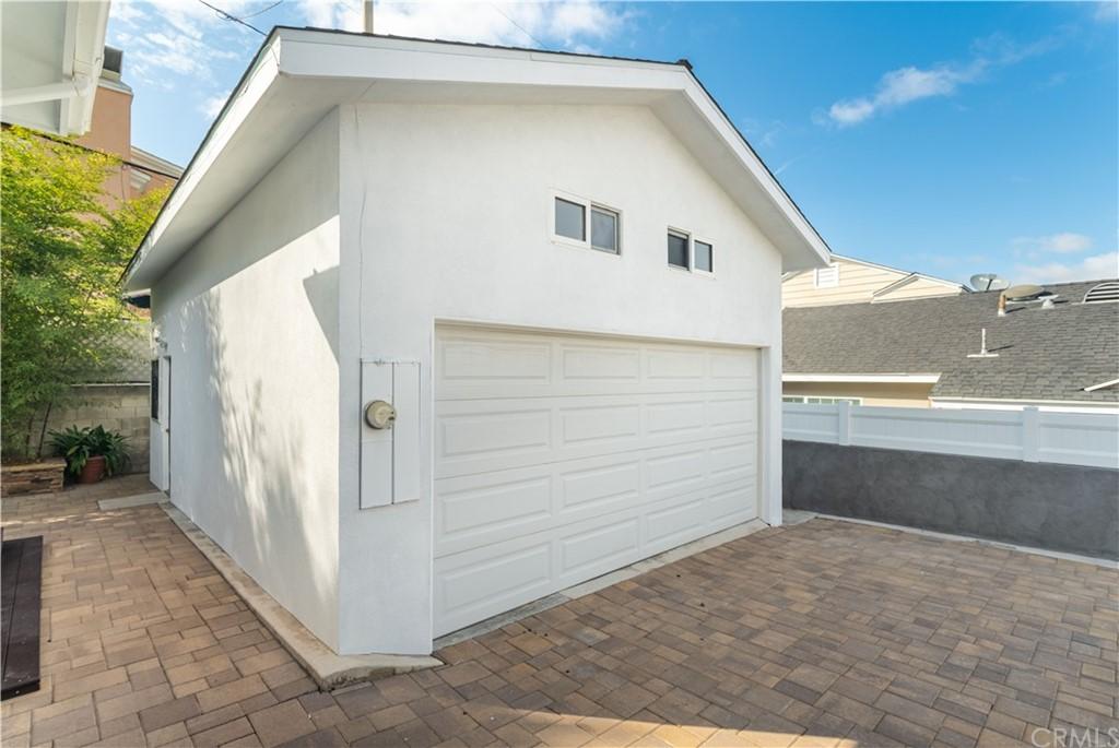 Active | 831 Pepper Street El Segundo, CA 90245 29
