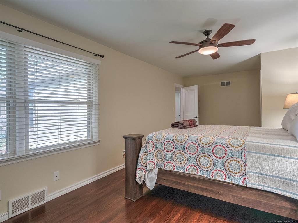 Active | 3805 S Jamestown Avenue W Tulsa, Oklahoma 74135 16