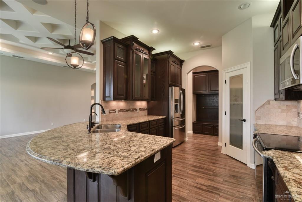 Option | 10206 N 28th Lane McAllen, TX 78504 7