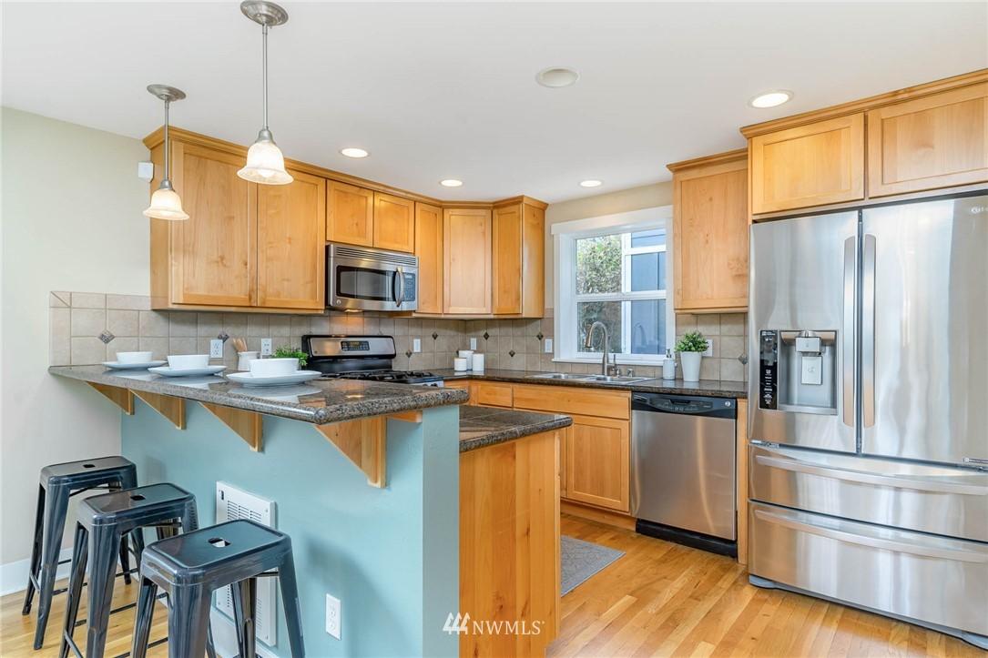 Pending | 1816 27th Avenue #A Seattle, WA 98122 12