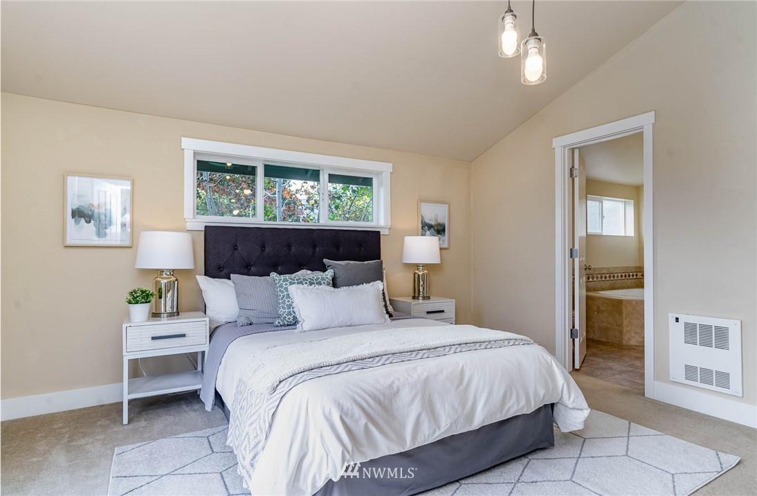Pending | 1816 27th Avenue #A Seattle, WA 98122 16