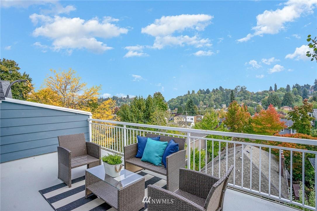 Pending | 1816 27th Avenue #A Seattle, WA 98122 23