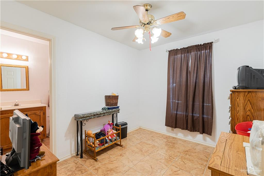 Active   301 N 9th Street McAllen, TX 78501 9