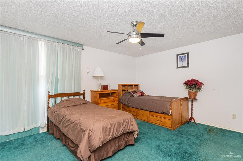 Active   301 N 9th Street McAllen, TX 78501 16