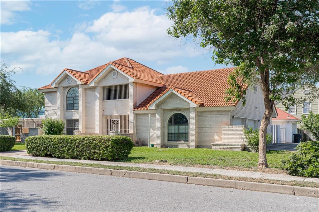 Active   301 N 9th Street McAllen, TX 78501 1