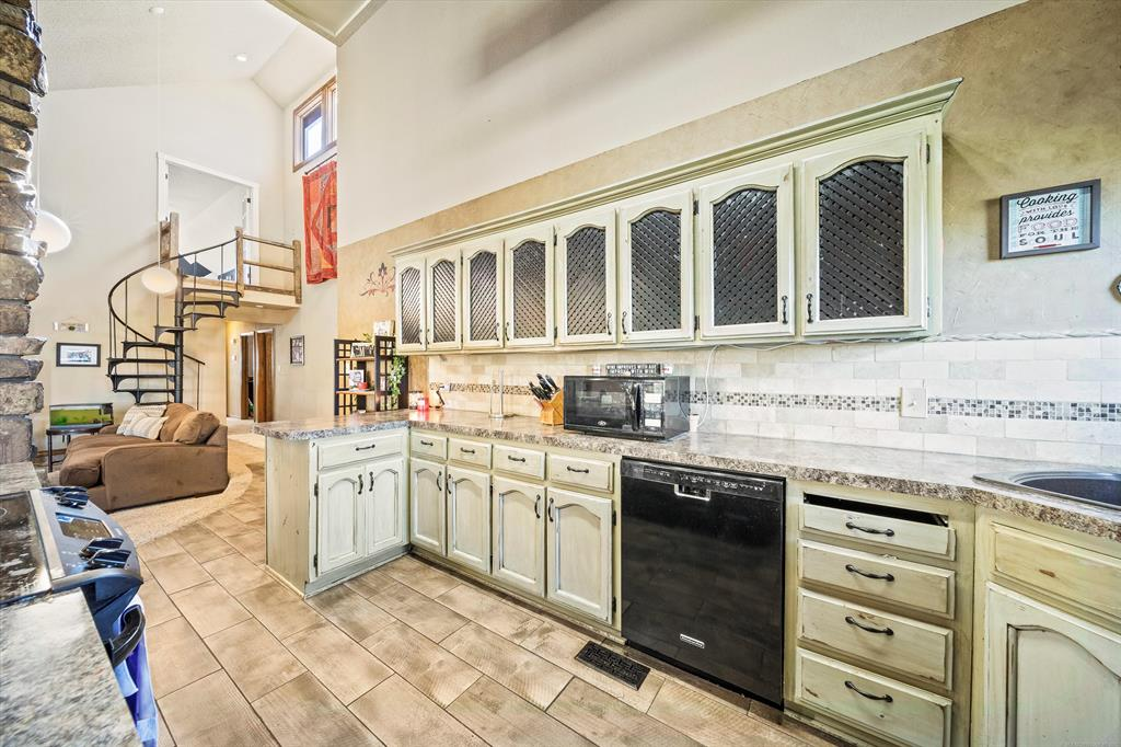 Off Market   1023 N Forest Place Jenks, Oklahoma 74037 10
