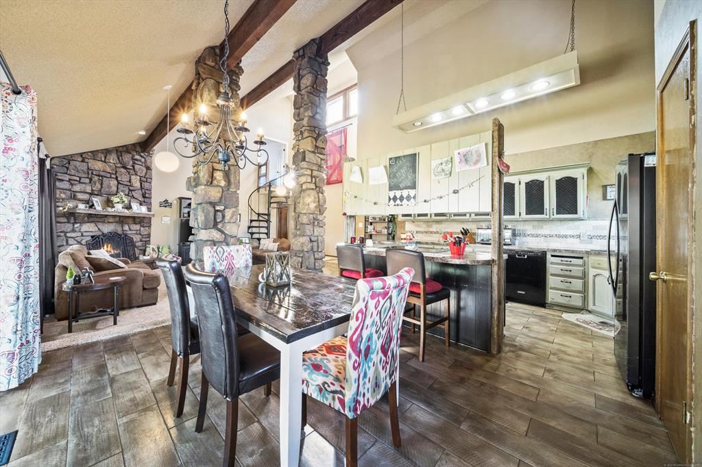 Off Market   1023 N Forest Place Jenks, Oklahoma 74037 12
