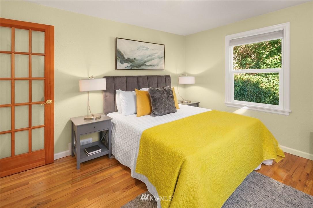 Active | 2102 SW 104th Street Seattle, WA 98146 15