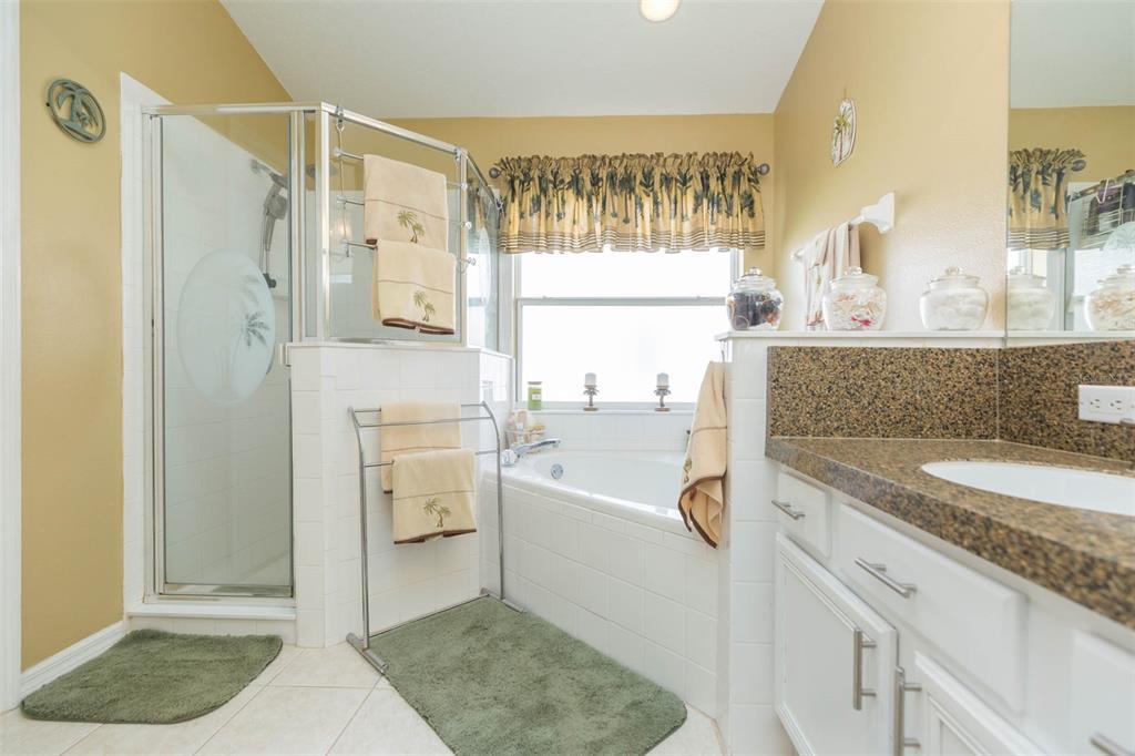 Pending | 7116 COLONIAL LAKE DRIVE RIVERVIEW, FL 33578 33