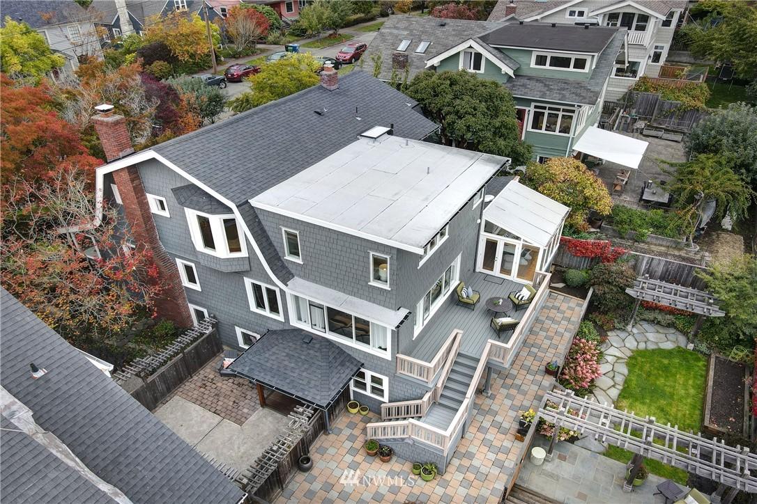Active | 7028 17th Avenue NE Seattle, WA 98115 36