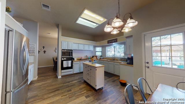 New | 3403 Sunlit Grove San Antonio, TX 78247 11