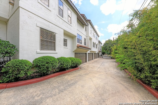 New | 208 GRANDVIEW PL #7 Alamo Heights, TX 78209 19