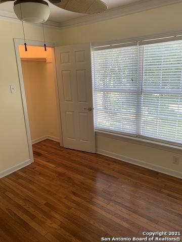 Perfect 3 bed 1 bath house for Rent Terrell Hills, SA TX 78209 | 212 LYMAN DR Terrell Hills, TX 78209 13