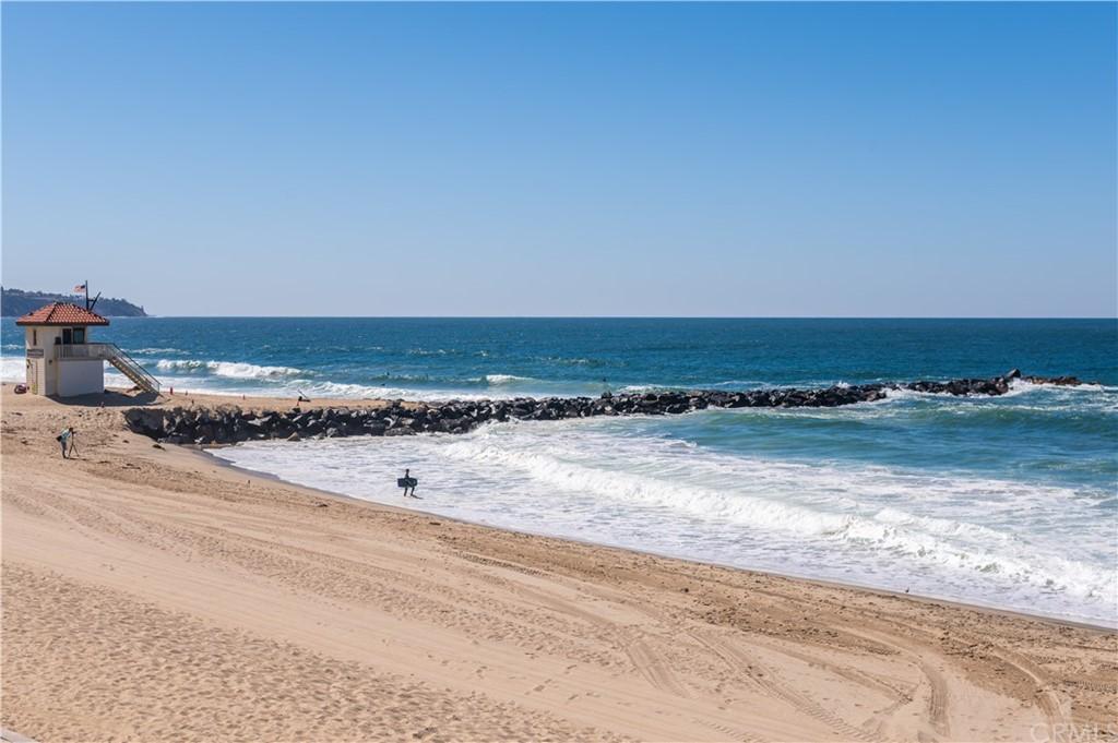 ActiveUnderContract | 565 Esplanade #308 Redondo Beach, CA 90277 28