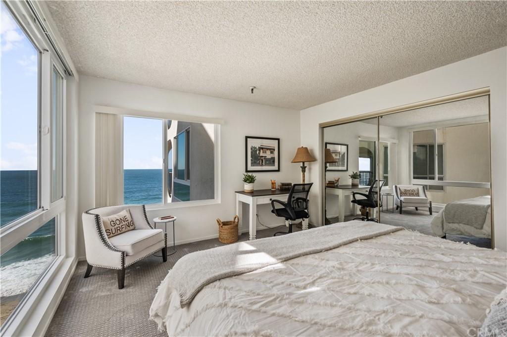 ActiveUnderContract | 565 Esplanade #308 Redondo Beach, CA 90277 6