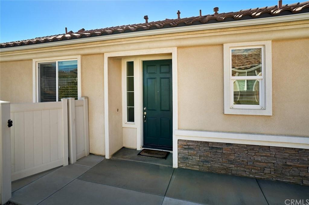 Pending | 1564 Rockrose Way Beaumont, CA 92223 3