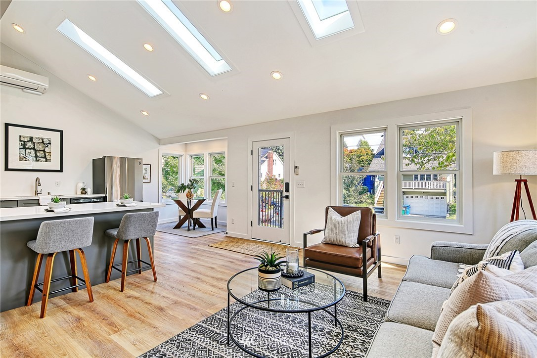 Active | 8015 12th Avenue NW Seattle, WA 98117 1