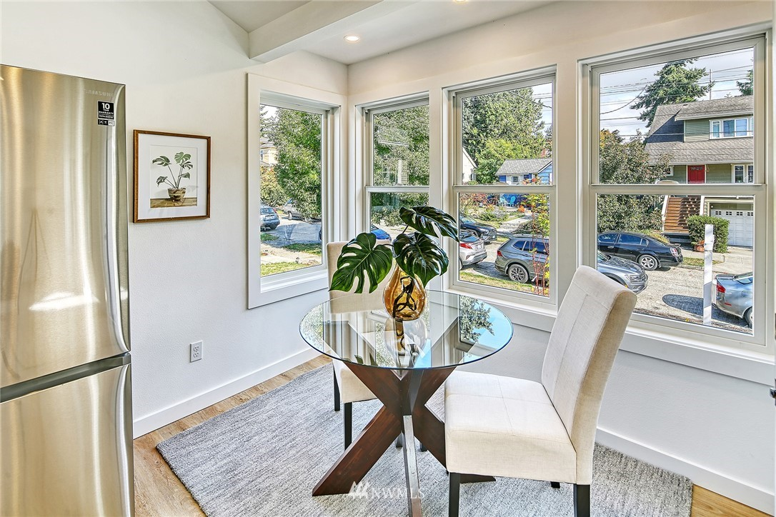 Active | 8015 12th Avenue NW Seattle, WA 98117 7