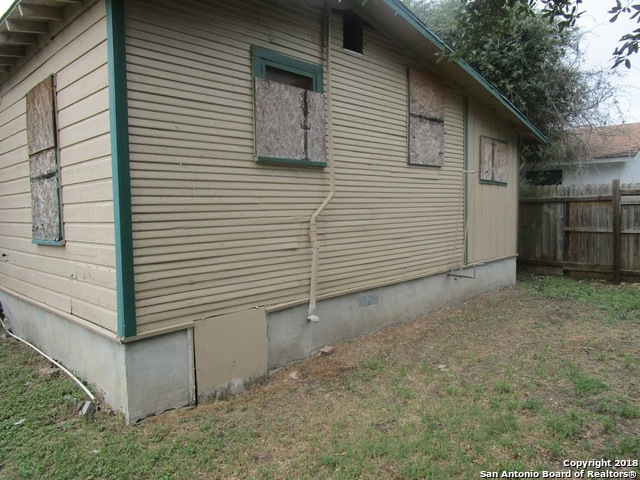 Active | 1443 Saenz San Antonio, TX 78214 1
