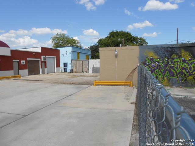 Active | 1818 S ZARZAMORA ST San Antonio, TX 78207 8