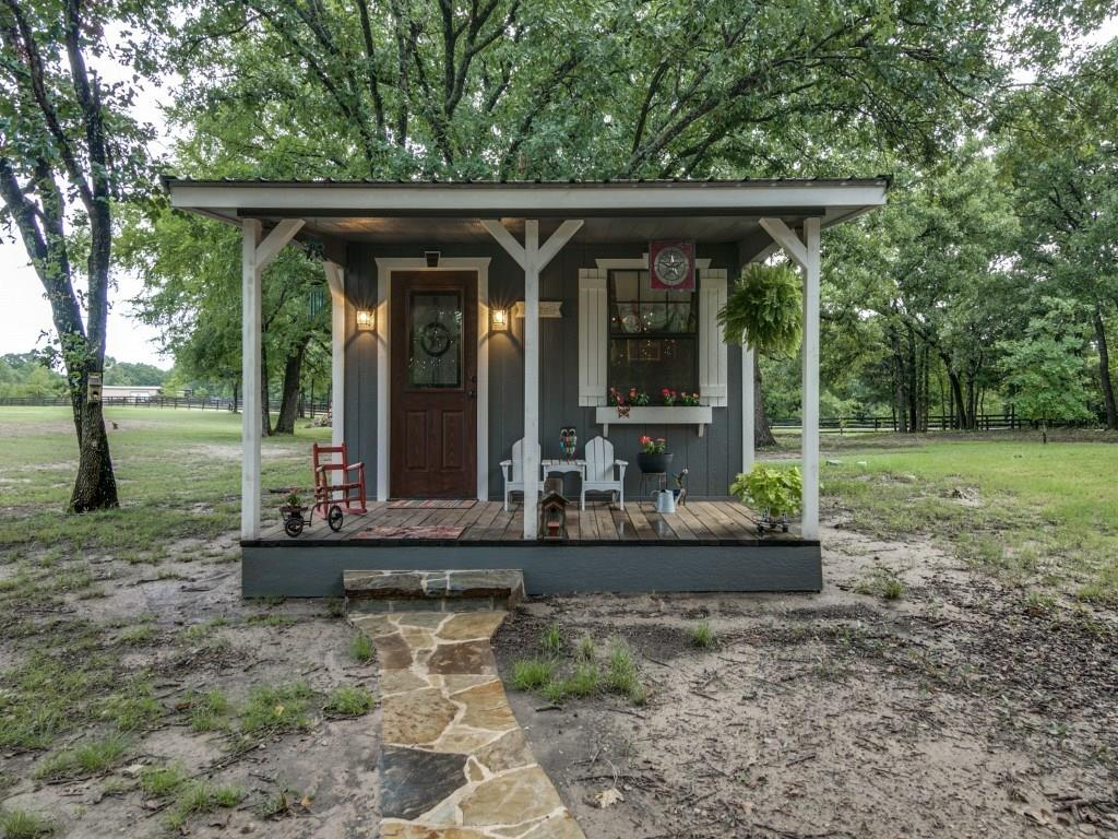 Housed Real Estate + Relocation  | 9236 County Road 2432 Poetry, Texas 75160 28