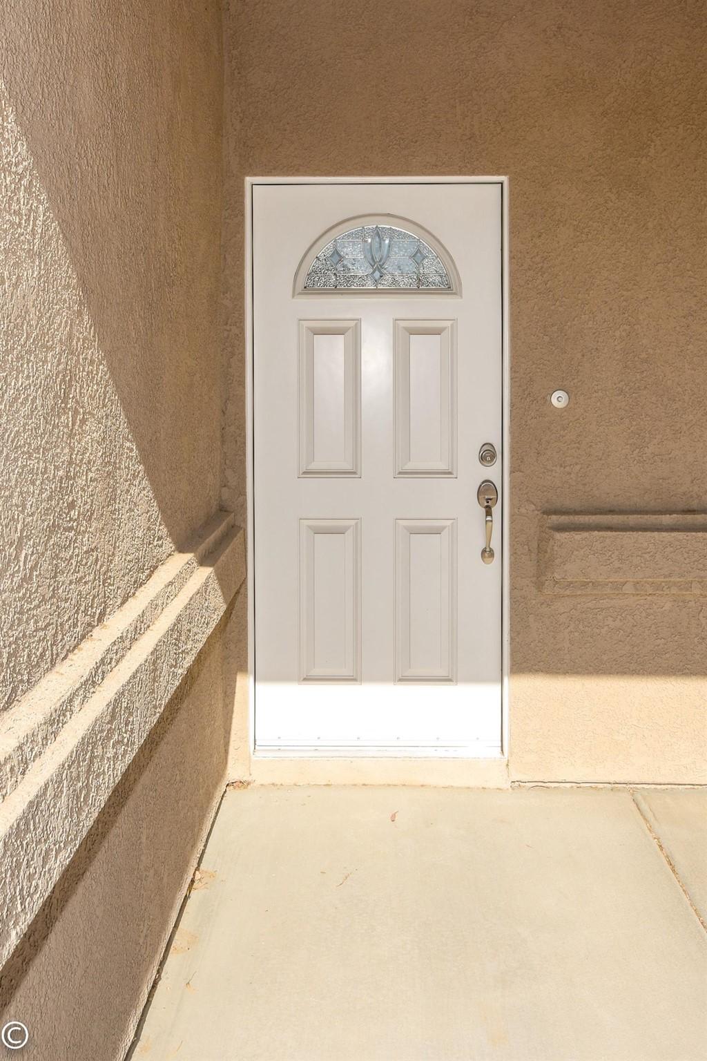 Closed | 11093 First Avenue Hesperia, CA 92345 15