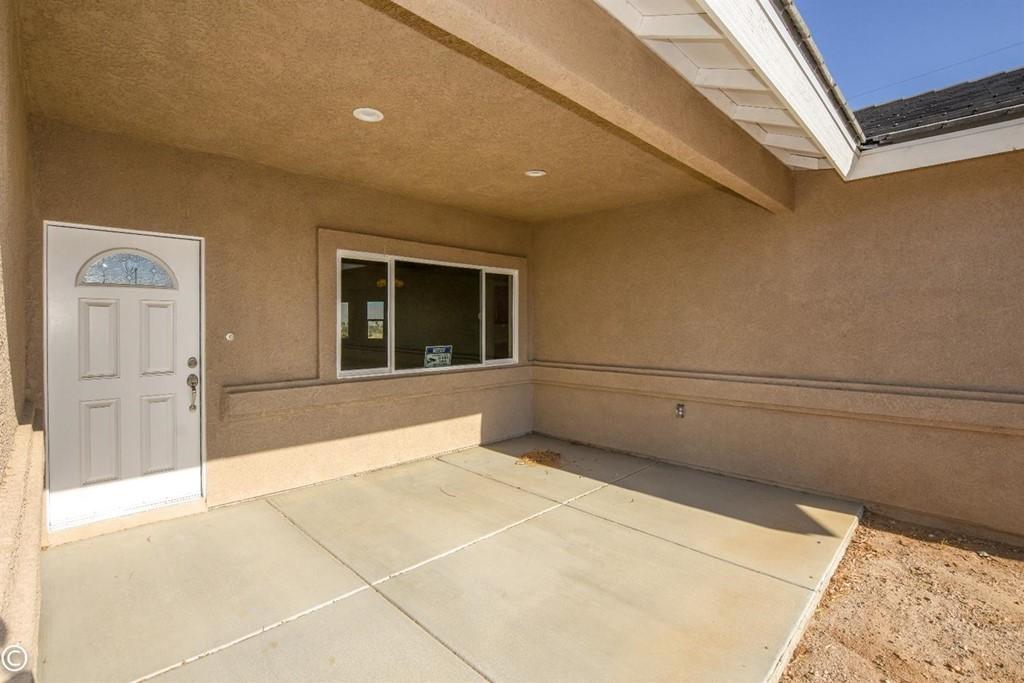 Closed | 11093 First Avenue Hesperia, CA 92345 13