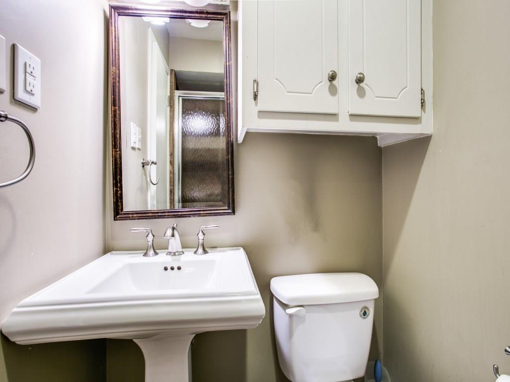 Sold Property | 2527 Cambria Boulevard Dallas, Texas 75214 18