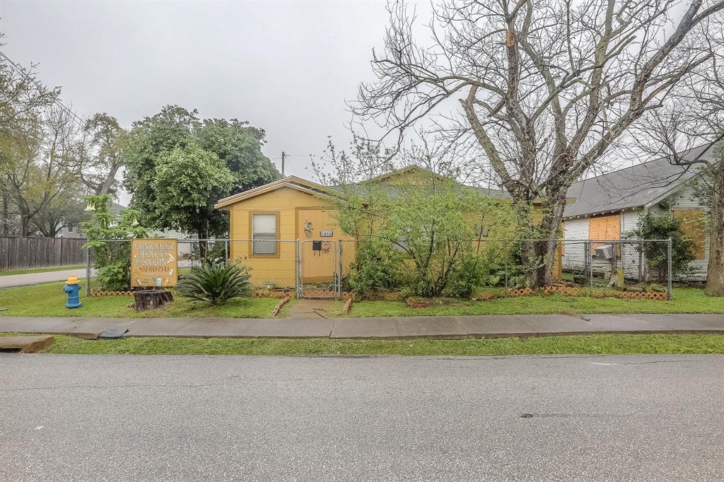 Active | 1416 Northwood Street Houston, Texas 77009 0