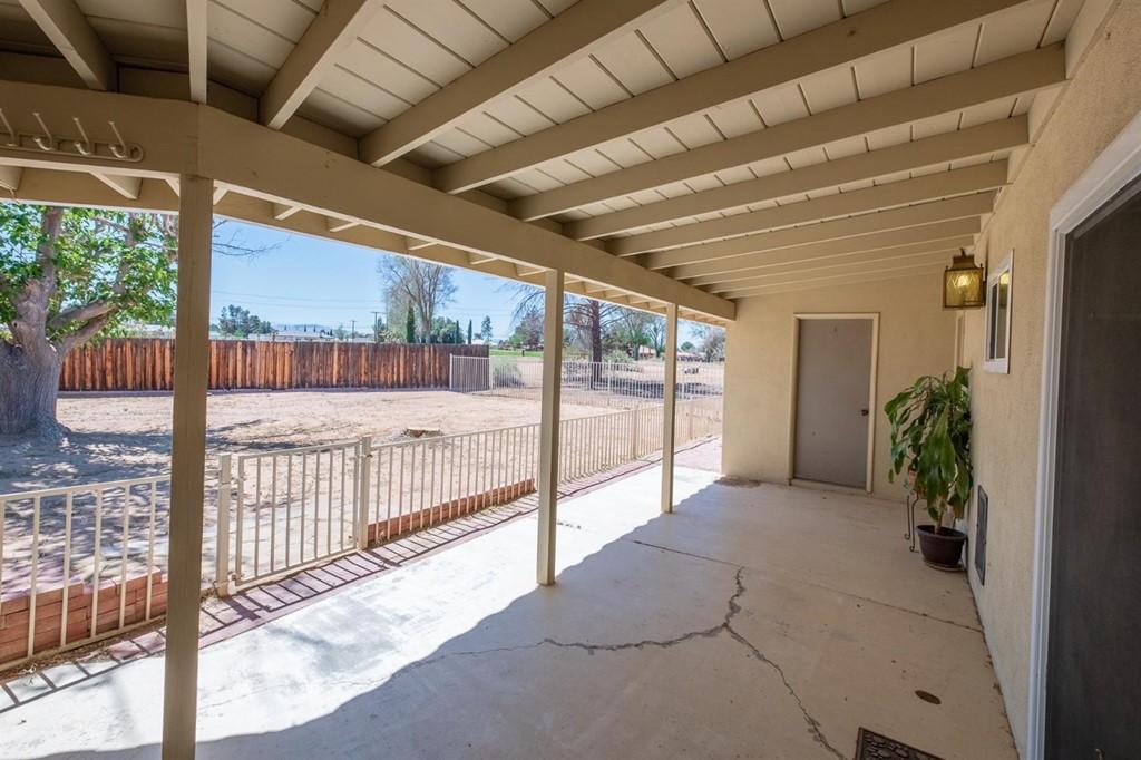Closed | 19989 Crow Road Apple Valley, CA 92307 100