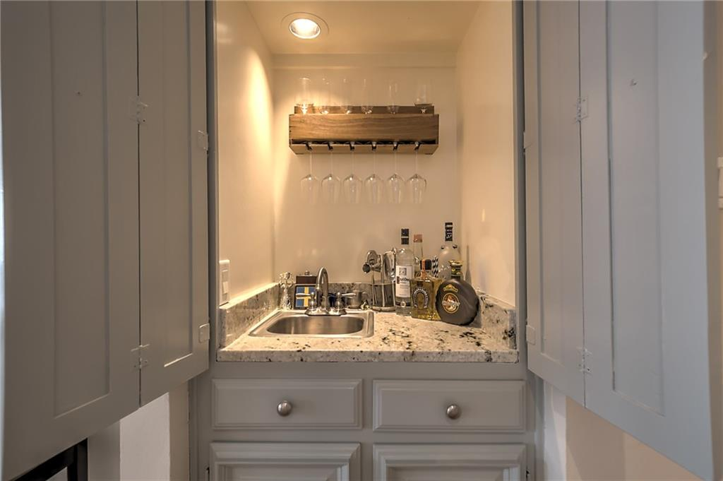 Sold Property | 4124 Tomberra Way Dallas, Texas 75220 5