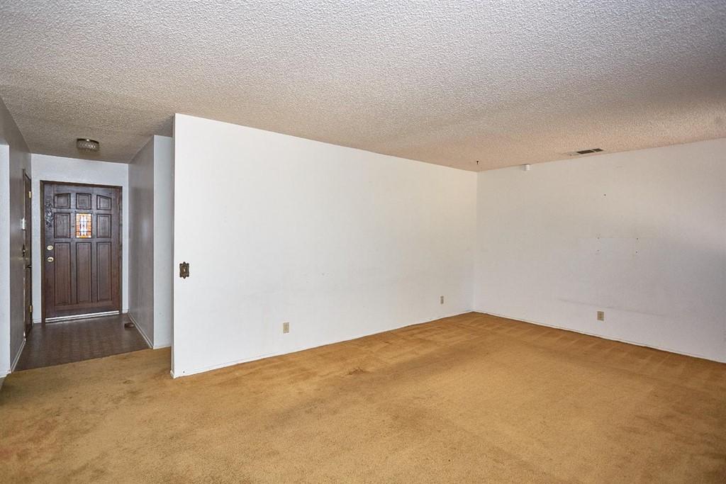 Closed | 16855 SAGE Street Hesperia, CA 92345 10