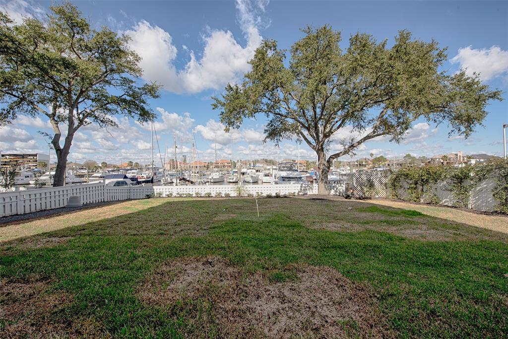 Active | 2182 Marina Way League City, Texas 77565 43