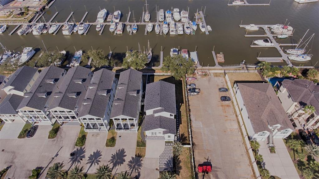 Active | 2182 Marina Way League City, Texas 77565 5