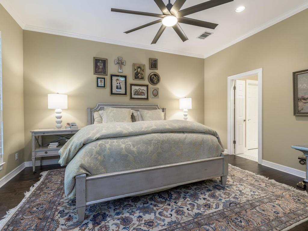Closed | 7913 Comfort Cove Austin, TX 78731 25